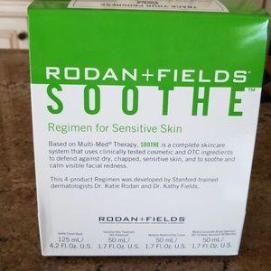 Rodan and Fields SOOTHE -, regimen for sensitive s